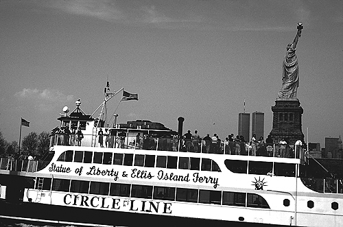 [Circle Line at Ellis Island 