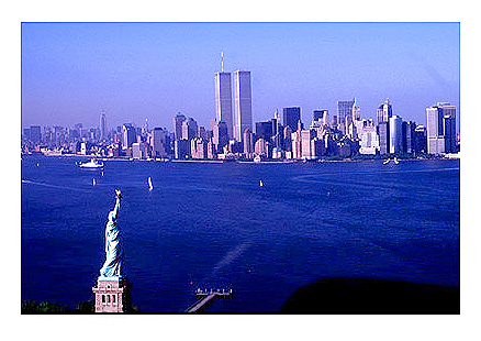 [Aerial View of Twin Towers and Statue of Liberty -wtc069916.jpg - 77332 Bytes]